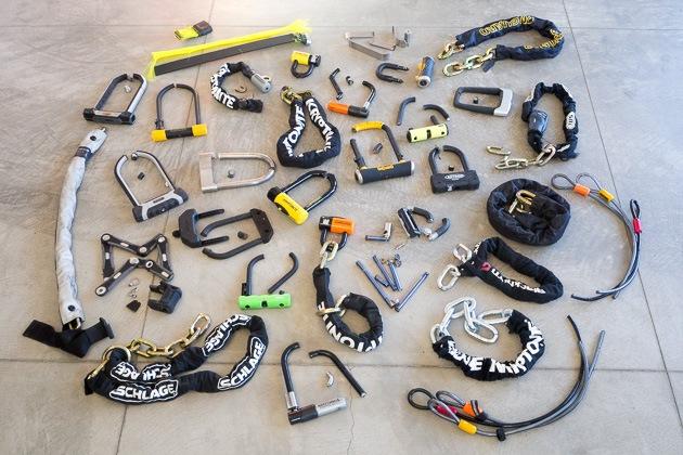 انواع قفلها و مهارهای بریده شده توسط سارقان موتور سیکلت